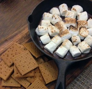 The ingredients for s'mores